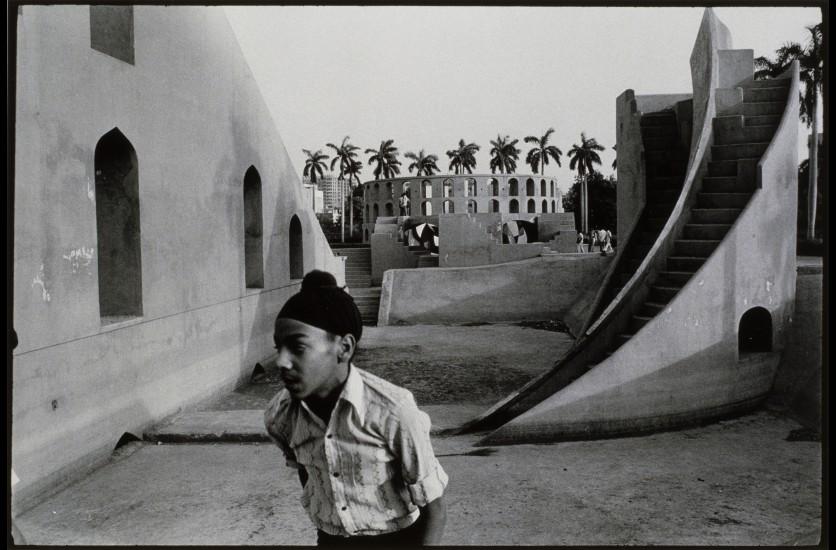 Bernard Pierre Wolff, Observatoire Jantar Mantar, New Delhi, Inde, 1975 © Bernard-Pierre Wolff. Collection MEP, Paris. Don de l'auteur